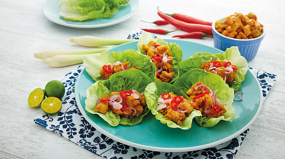 Spicy Lemongrass Chicken Lettuce Wrap